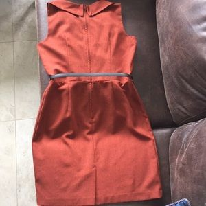 Dresses & Skirts - Karina Stevens rust color gorgeous dress
